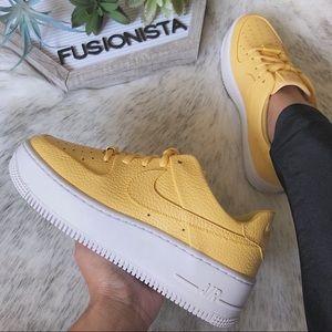NWT🍭 Rare Nike Air Force 1 Sage Yellow 6W